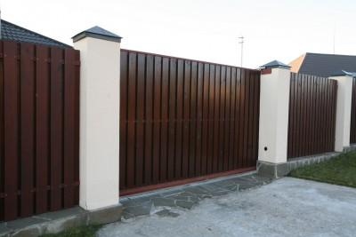 Откатные деревянные ворота американка