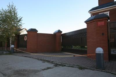 Откатные ворота и автоматизированное цепное заграждение 2008г. д. Ленино